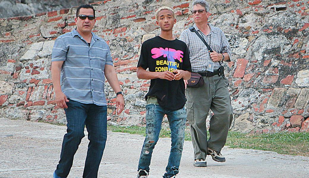 Will Smith y su hijo Jaden visitan corregimiento popular de Cartagena