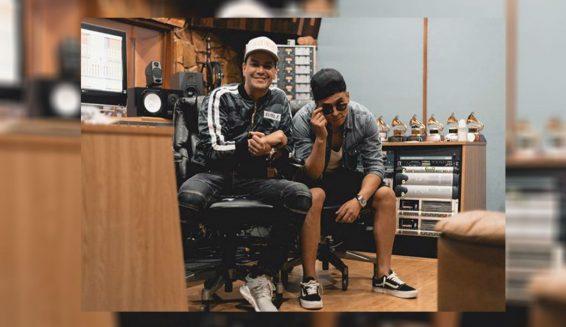 Reykon graba versión salsa de su canción 'Mala' en Puerto Rico
