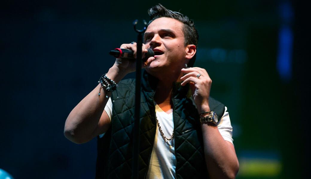 Critican a Silvestre Dangond por cobrar entrada al lanzamiento de su disco