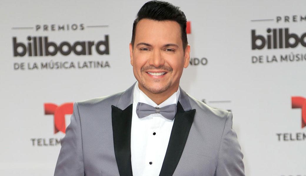 Victor Manuelle se pronuncia tras polémica por canción con Farruko